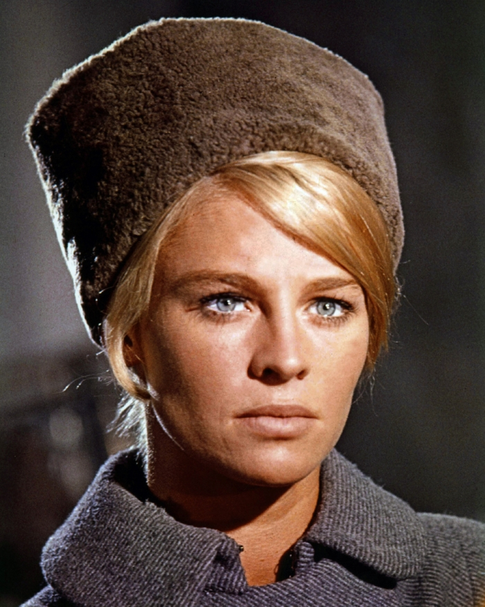 Julie-Christie-in-Dr-Zhivago.jpg