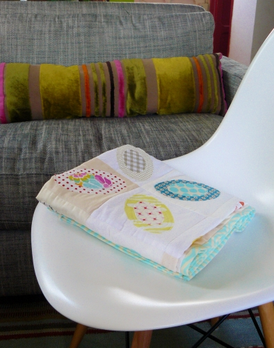 blanc, lumière, ellipse, oval, quilt, quilting, patchwork, modern, moderne, eames, chair, pois, dots