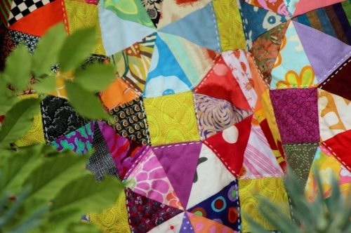 quilt,quilting,kaffe fassett,value quilt,triangle,carré,kaléidoscope,patchwork,brandon mably